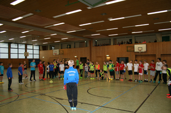 images/faecher/sport/weihnachtsturniere/nikolaus_torwart_gr.jpg