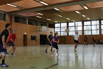 images/faecher/sport/weihnachtsturniere/volleyball_spiel2_gr.jpg